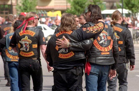Red Devils MC USA http://machofashion.wordpress.com/2011/06/28/top-10-motorcycle-club-usa/